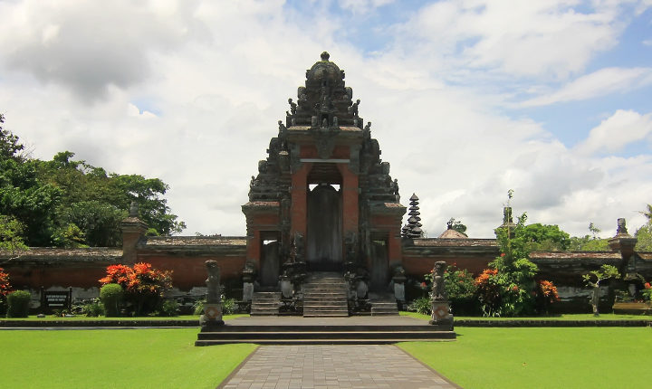 Ayun Garden Pura, The Beauty of the Ngwi Royal Patron